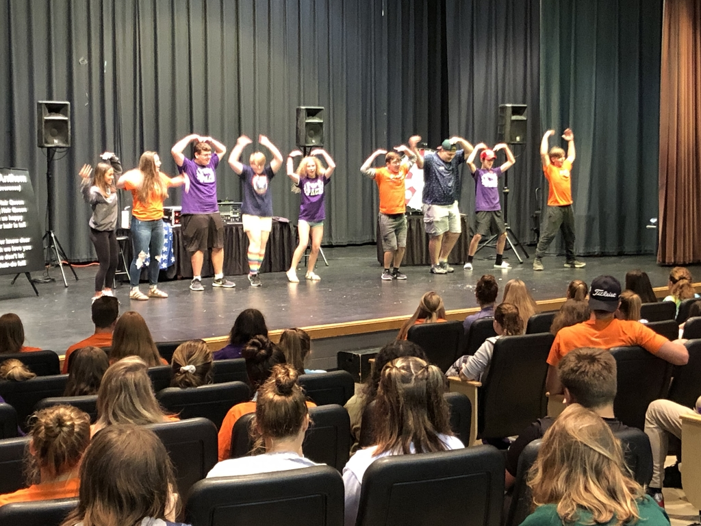 Freshmen Academy Kick-off dance contest.